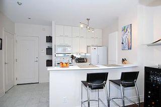 Photo 3: 05 111 Merton Street in Toronto: Condo for sale : MLS®# C1570988