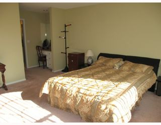 Photo 10: 10300 DENNIS in Richmond: McNair House for sale : MLS®# V765577