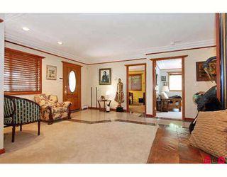 "Photo 9: 2733 MCKENZIE Avenue in Surrey: Crescent Bch Ocean Pk. House for sale in ""CRESCENT BEACH VILLAGE"" (South Surrey White Rock)  : MLS®# F2913788"