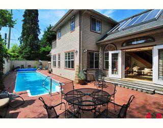 "Photo 10: 2733 MCKENZIE Avenue in Surrey: Crescent Bch Ocean Pk. House for sale in ""CRESCENT BEACH VILLAGE"" (South Surrey White Rock)  : MLS®# F2913788"