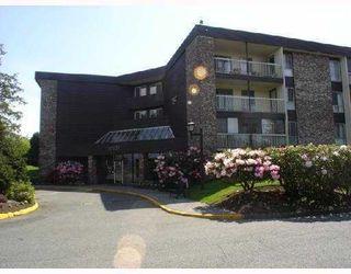 "Photo 1: 302 10631 NO 3 Road in Richmond: Broadmoor Condo for sale in ""ADMIRALS WALK"" : MLS®# V774092"