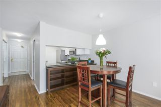 """Photo 4: 305 1199 EASTWOOD Street in Coquitlam: North Coquitlam Condo for sale in """"THE SELKIRK"""" : MLS®# R2390050"""