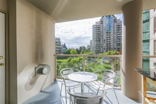 """Photo 16: 305 1199 EASTWOOD Street in Coquitlam: North Coquitlam Condo for sale in """"THE SELKIRK"""" : MLS®# R2390050"""