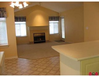 Photo 4: 15 8555 209TH Street: Walnut Grove Home for sale ()  : MLS®# F2727663