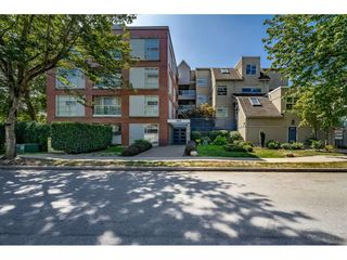 "Photo 17: 213 1990 S E KENT Avenue in Vancouver: South Marine Condo for sale in ""Harbour House at Tugboat Landing"" (Vancouver East)  : MLS®# R2398371"