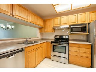 "Photo 8: 205 1569 EVERALL Street: White Rock Condo for sale in ""SEAWYND MANOR"" (South Surrey White Rock)  : MLS®# R2413623"