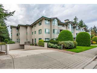"Photo 2: 205 1569 EVERALL Street: White Rock Condo for sale in ""SEAWYND MANOR"" (South Surrey White Rock)  : MLS®# R2413623"