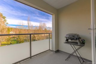 "Photo 16: 309 98 LAVAL Street in Coquitlam: Maillardville Condo for sale in ""LE CHATEAU II"" : MLS®# R2449582"