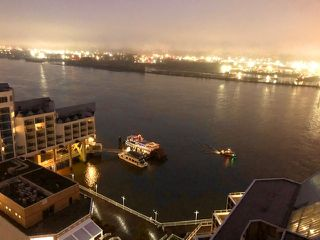 """Photo 2: 2210 988 QUAYSIDE Drive in New Westminster: Quay Condo for sale in """"Riversky2"""" : MLS®# R2459434"""