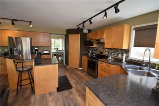 Photo 6: 67 Higham Bay in Winnipeg: River Park South Residential for sale (2F)  : MLS®# 202012376