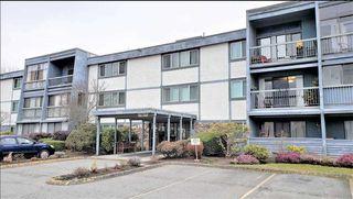 Photo 1: 112 3411 SPRINGFIELD Drive in Richmond: Steveston North Condo for sale : MLS®# R2478678
