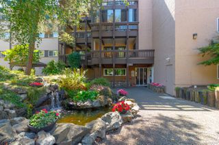 Photo 2: 305 1020 Esquimalt Rd in : Es Old Esquimalt Condo for sale (Esquimalt)  : MLS®# 861597