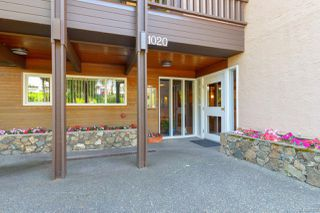 Photo 3: 305 1020 Esquimalt Rd in : Es Old Esquimalt Condo for sale (Esquimalt)  : MLS®# 861597