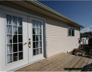 Photo 16: 55 FALDALE Close NE in CALGARY: Falconridge Residential Detached Single Family for sale (Calgary)  : MLS®# C3394530