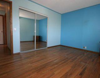 Photo 8: 55 FALDALE Close NE in CALGARY: Falconridge Residential Detached Single Family for sale (Calgary)  : MLS®# C3394530