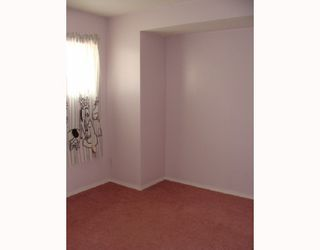 Photo 9: 135 APPLEGLEN Park SE in CALGARY: Applewood Residential Detached Single Family for sale (Calgary)  : MLS®# C3386324