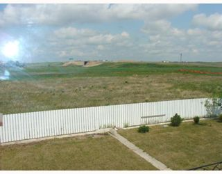 Photo 19: 135 APPLEGLEN Park SE in CALGARY: Applewood Residential Detached Single Family for sale (Calgary)  : MLS®# C3386324