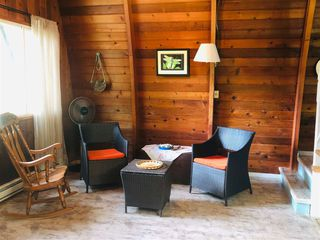 Photo 4: 5963 SKOOKUMCHUK Road in Sechelt: Sechelt District House for sale (Sunshine Coast)  : MLS®# R2393239