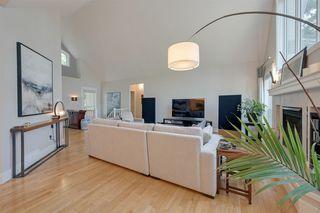 Photo 4: 10424 133 Street in Edmonton: Zone 11 House for sale : MLS®# E4169804