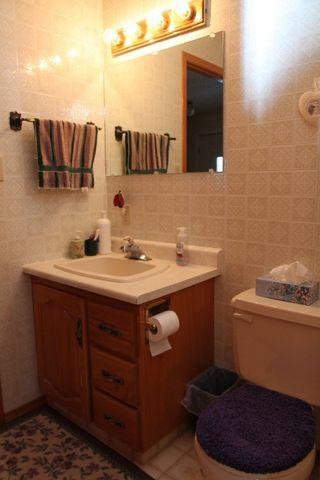 Photo 9: 5205 54 Street: Elk Point House for sale : MLS®# E4184097