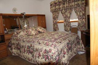 Photo 8: 5205 54 Street: Elk Point House for sale : MLS®# E4184097