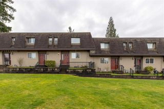 """Main Photo: 9 33260 11TH Avenue in Mission: Mission BC Townhouse for sale in """"Parkview Place"""" : MLS®# R2438743"""