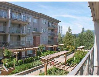 Photo 1: 205 3250 ST JOHNS Street in Port_Moody: Port Moody Centre Condo for sale (Port Moody)  : MLS®# V782636
