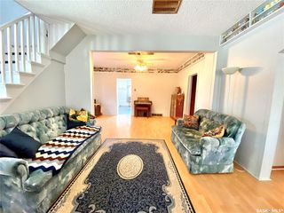 Photo 11: 317 McTavish Street in Outlook: Residential for sale : MLS®# SK806410