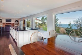 Photo 8: 4403 Shore Way in Saanich: SE Gordon Head House for sale (Saanich East)  : MLS®# 839723