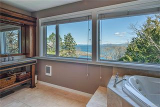 Photo 25: 4403 Shore Way in Saanich: SE Gordon Head House for sale (Saanich East)  : MLS®# 839723