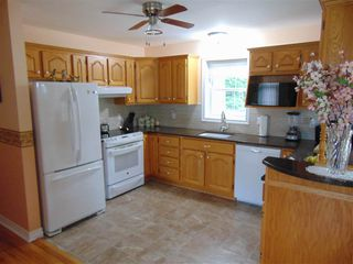 Photo 5: 56 MacDonald Park Road in Kentville: 404-Kings County Residential for sale (Annapolis Valley)  : MLS®# 202019477