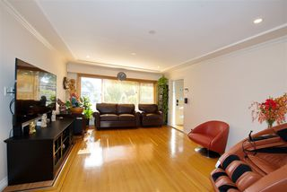 Photo 5: 649 E 46TH Avenue in Vancouver: South Vancouver House for sale (Vancouver East)  : MLS®# R2507174