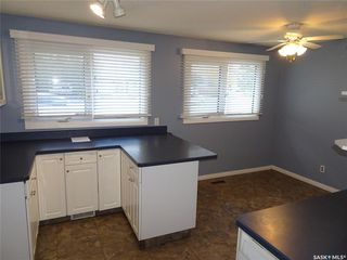 Photo 5: 218 McIntosh Street North in Regina: Normanview Residential for sale : MLS®# SK831173