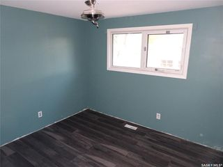 Photo 12: 218 McIntosh Street North in Regina: Normanview Residential for sale : MLS®# SK831173