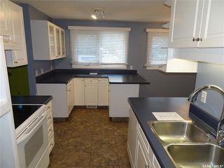 Photo 6: 218 McIntosh Street North in Regina: Normanview Residential for sale : MLS®# SK831173