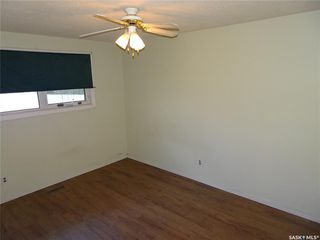 Photo 9: 218 McIntosh Street North in Regina: Normanview Residential for sale : MLS®# SK831173