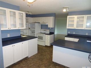 Photo 3: 218 McIntosh Street North in Regina: Normanview Residential for sale : MLS®# SK831173