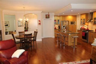 """Photo 18: 109 16477 64 Avenue in Surrey: Cloverdale BC Condo for sale in """"St. Andrews"""" (Cloverdale)  : MLS®# R2526861"""