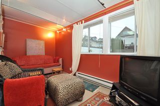"Photo 12: 2056 E 3RD Avenue in Vancouver: Grandview VE House for sale in ""COMMERCIAL DRIVE"" (Vancouver East)  : MLS®# V799384"