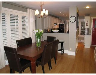 Photo 2: 329 W 15TH Avenue in Vancouver: Mount Pleasant VW Townhouse for sale (Vancouver West)  : MLS®# V813651