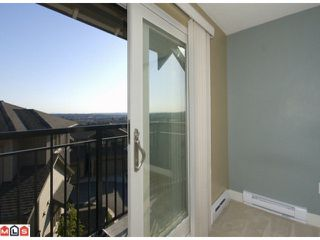 "Photo 7: 13 20326 68TH Avenue in Langley: Willoughby Heights Townhouse for sale in ""SUNPOINTE"" : MLS®# F1007498"