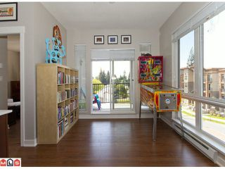 "Photo 4: 435 13321 102A Avenue in Surrey: Whalley Condo for sale in ""Agenda"" (North Surrey)  : MLS®# F1013916"