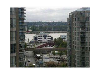 "Photo 7: 1107 833 AGNES Street in New Westminster: Downtown NW Condo for sale in ""THE NEWS"" : MLS®# V855240"