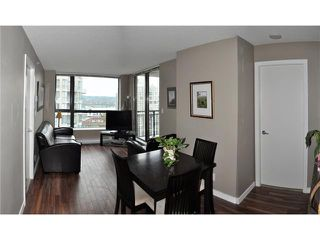 "Photo 2: 1107 833 AGNES Street in New Westminster: Downtown NW Condo for sale in ""THE NEWS"" : MLS®# V855240"