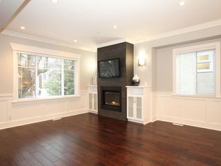 Photo 2: 638 W 19TH Avenue in Vancouver: Cambie House for sale (Vancouver West)  : MLS®# V868355