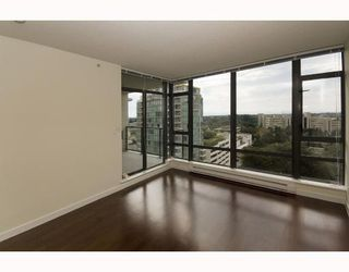 "Photo 3: 1507 6888 ALDERBRIDGE Way in Richmond: Brighouse Condo for sale in ""FLO"" : MLS®# V741409"