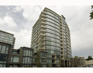 "Photo 1: 1507 6888 ALDERBRIDGE Way in Richmond: Brighouse Condo for sale in ""FLO"" : MLS®# V741409"