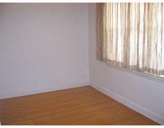 Photo 3: 388 CHURCH Avenue in WINNIPEG: North End Residential for sale (North West Winnipeg)  : MLS®# 2904062