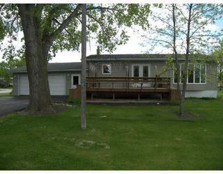 Photo 1: 40 CENTRE Avenue in STJEAN: Manitoba Other Residential for sale : MLS®# 2910795