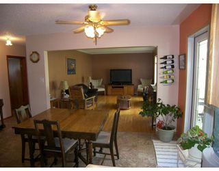 Photo 4: 40 CENTRE Avenue in STJEAN: Manitoba Other Residential for sale : MLS®# 2910795